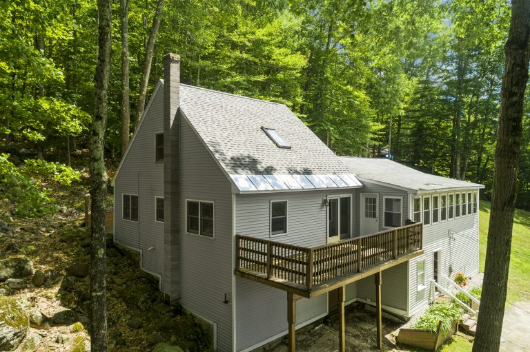 173 East Shore Dr Weare NH 03281