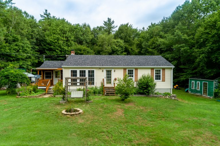 24 Westminster Dr Fitzwilliam NH 03447