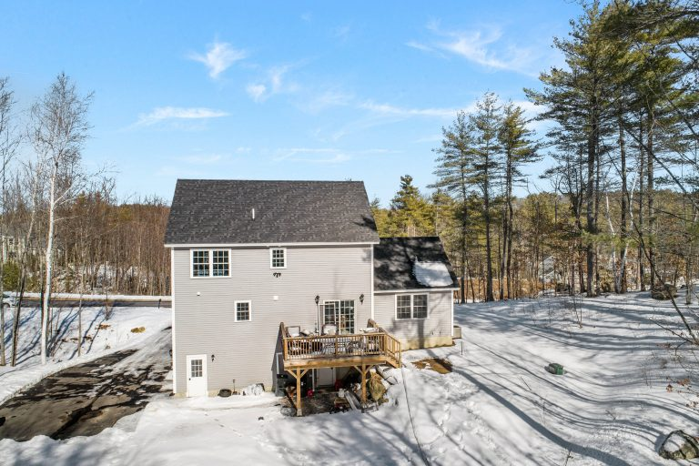 25 Julie Dr Concord NH 03301 (7)